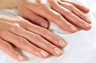 Stronger Healthier Nails -Uñas Más Fuertes