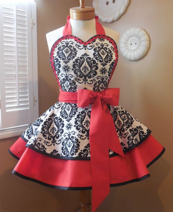 Hey, I found this really awesome Etsy listing at https://www.etsy.com/listing/222135685/damask-print-womans-retro-apron-accented