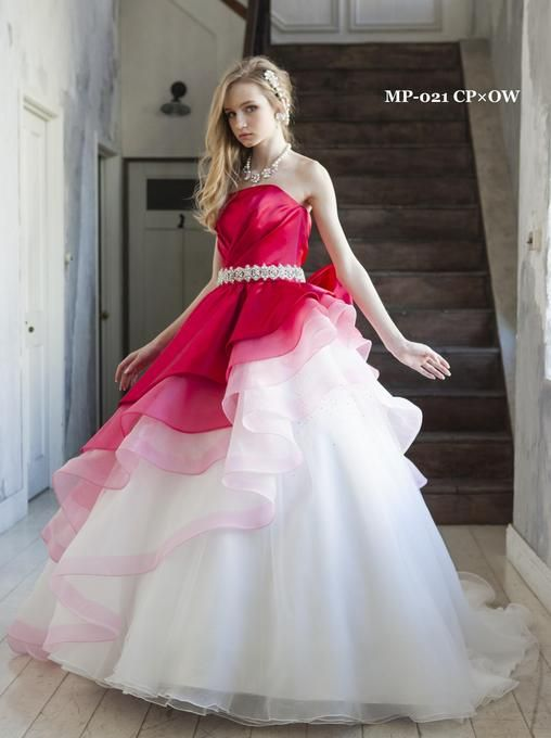 アルシオーネ・コート佐野のプランナーブログ「☆☆新作ドレス☆☆」|ゼクシィで理想の結婚式