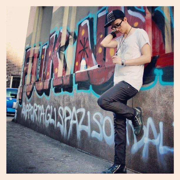 Follow me on Instagram @Antonio Cerro (Antonio Cerro)