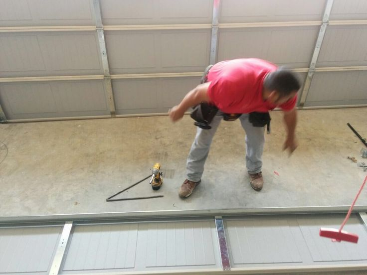 If You Are In Sacramento And Looking For The Locksmith Company Who Provides  Trustworthy Garage Door
