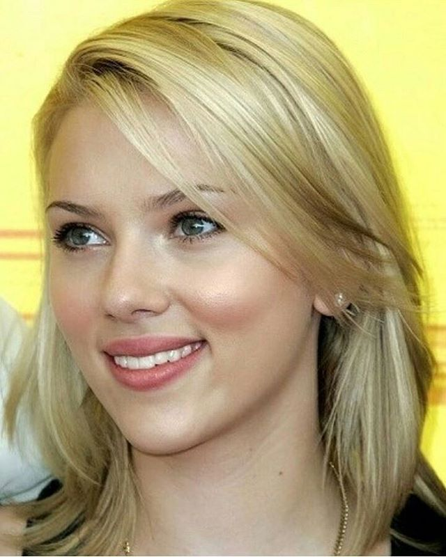 Blonde Hair Green Eyes Actresses