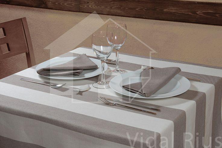 table cloth in stripes? www.decoradesign.ro