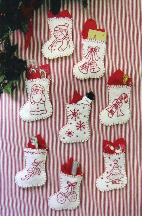 RED-WORK STOCKING ORNAMENTS KIT