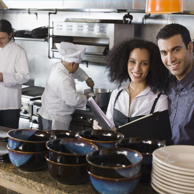 how to start a small catering business