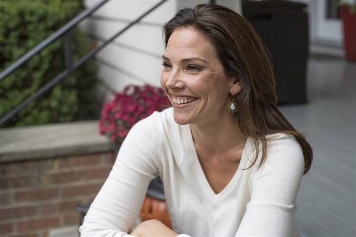At Home with TODAY: Erica Hill welcomes you for a visit on her porch