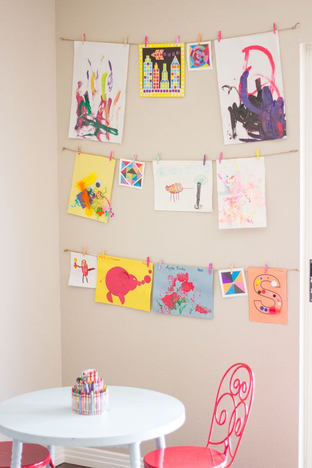 Great idea of how to display kids artwork using twine and minipegs. I've got some pretty blue gardening twine I could use. DIY.