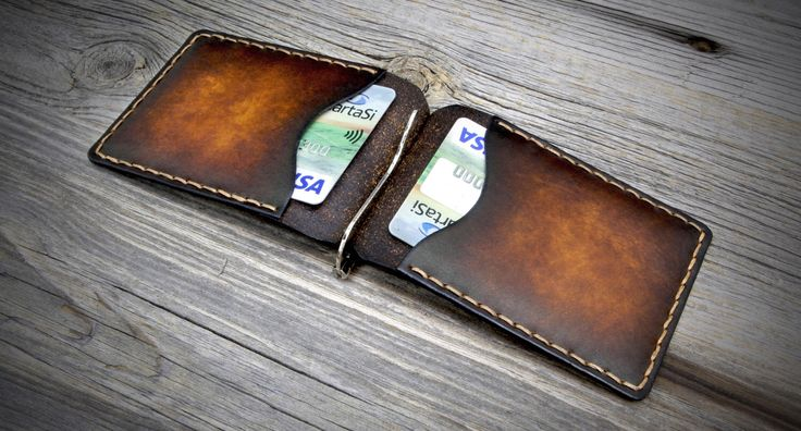 Leather Money Clip Wallet. Handmade Money Clip Wallet. Leather Clip Wallet. Money Clip Wallet. by Odorizzi on Etsy https://www.etsy.com/listing/227024834/leather-money-clip-wallet-handmade-money