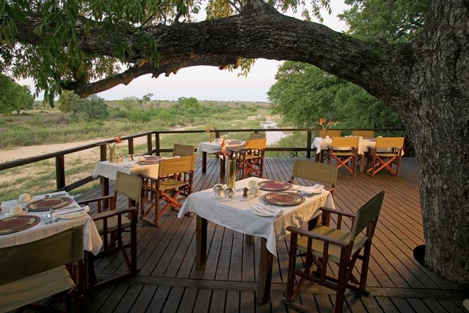 Singita Ebony Lodge, South Africa: Dining with the nature
