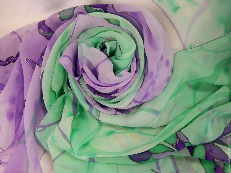 """Купить Палантин батик """"Стрекозы"""" - рисунок, стрекоза, стрекозы, изумрудный, сиренево-фиолетовый, батик палантин"""