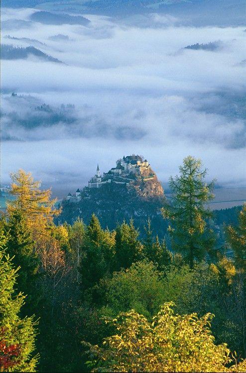 Burg #austria erwitz, #Carinthia, #Austria. http://reversehomesickness.com/europe/hochosterwitz-castle/