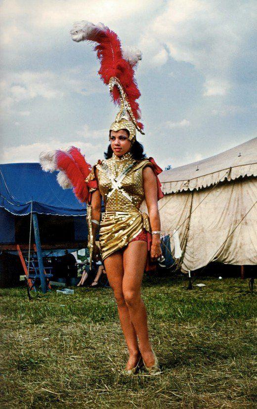 Mardi Gras girl, 1952. Courtesy Taschen.