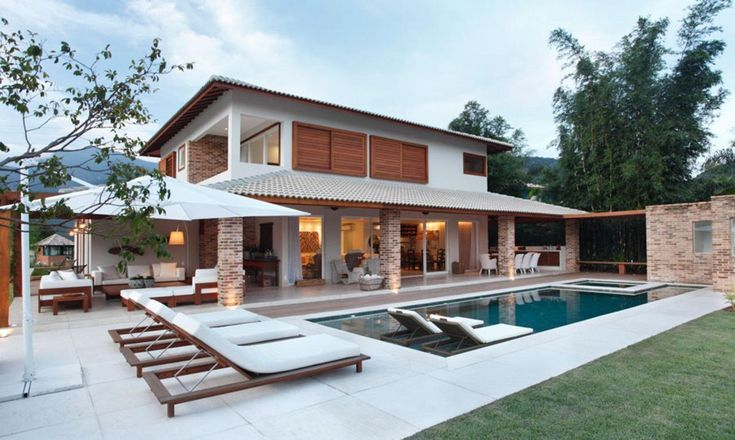 Varanda e piscina