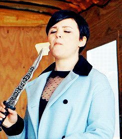 Ginny eating cheese with the dagger