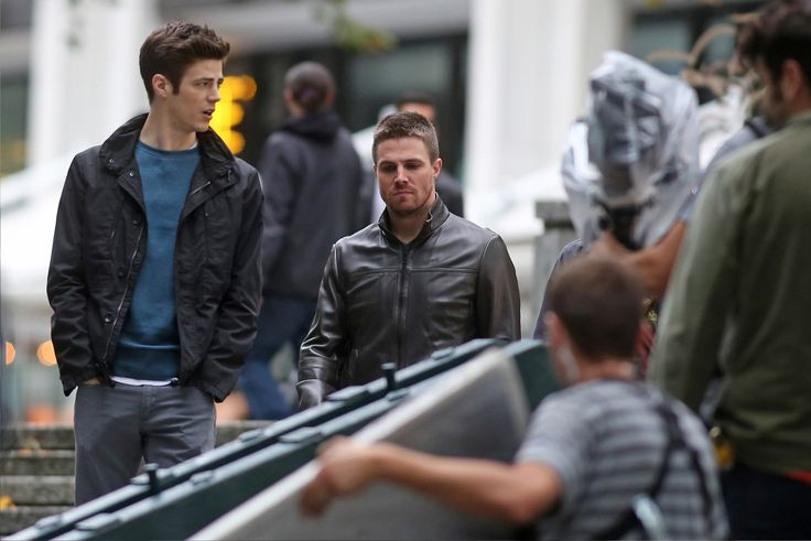Stephen & Grant shoot scenes for #Arrow #TheFlash and #LegendsofTomorrow crossover.