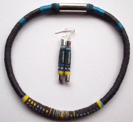 Patagonia Earrings and Necklace set/Conjunto collar y aros Patagonia