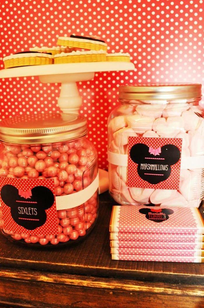 Vintage Minnie Mouse Party via Kara's Party Ideas | Kara'sPartyIdeas.com #Vintage #MickeyMouse #Party #Idea #Supplies (2)