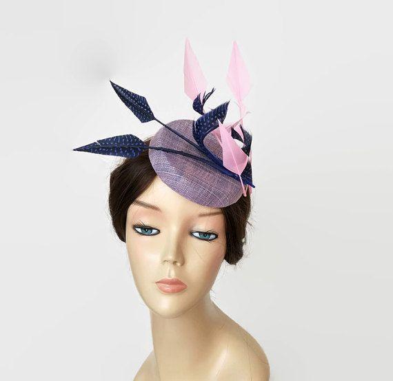 Tocado rosa claro y azul añil, tocado azul electrico para bodas, tocados boda rosa, tocados con plumas,Tocados originales,Looks de boda azul