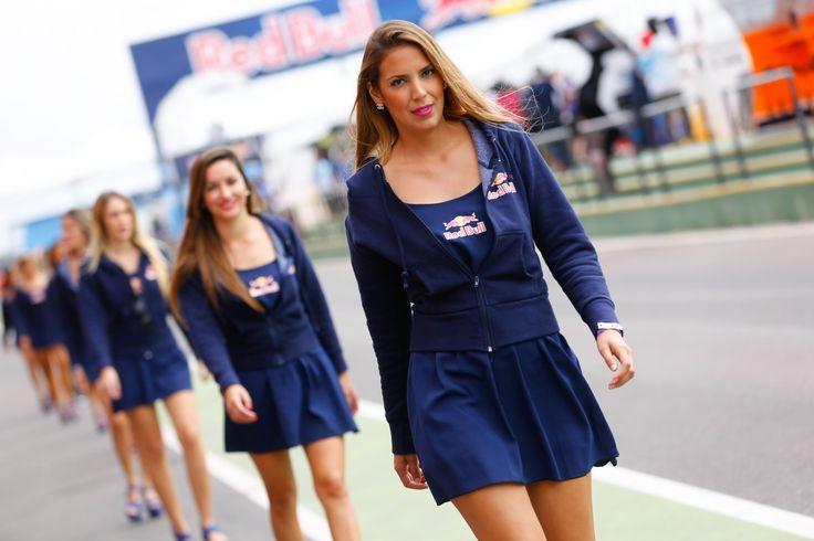 Umbrella Girl GP Argentina 2015