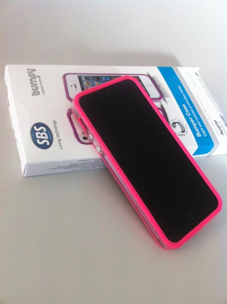 Ecco iPhone 5 vestito con la nostra nuova Bumpy rosa!