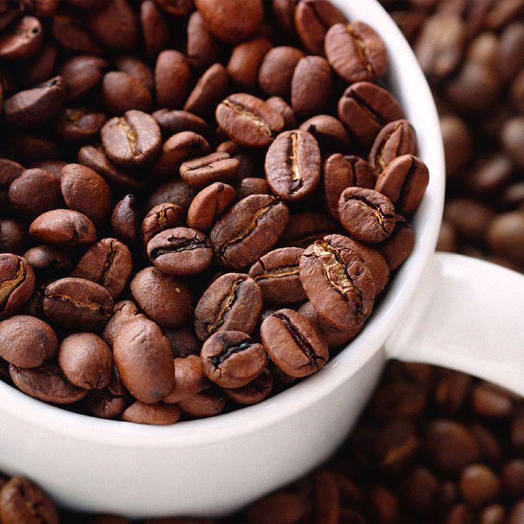 Ci vorrebbe un #caffé per resistere ancora qualche ora ed essere pronti per il #weekend! #HaveANiceDay