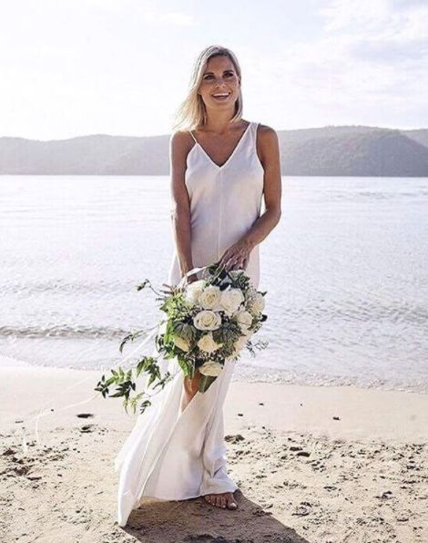 https://juliasoftleybridal.com/collections/bride/products/the-axel-dress-gown