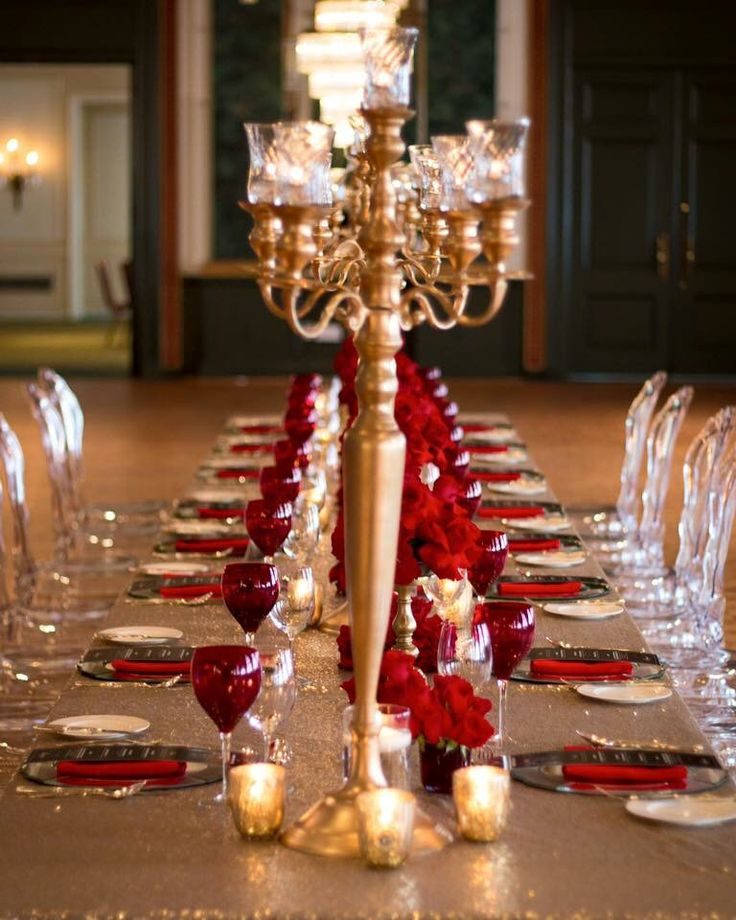 #ceremony #wedding #dinner #event #social #roses #flowers #romantic #red #celebration #candles