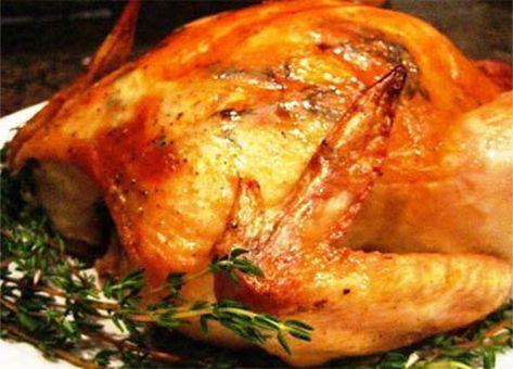 Ideal para preparar en navidad es esta Receta Chilena de Pollo Relleno con Choclos y aderezado con salsa de ciruelas.