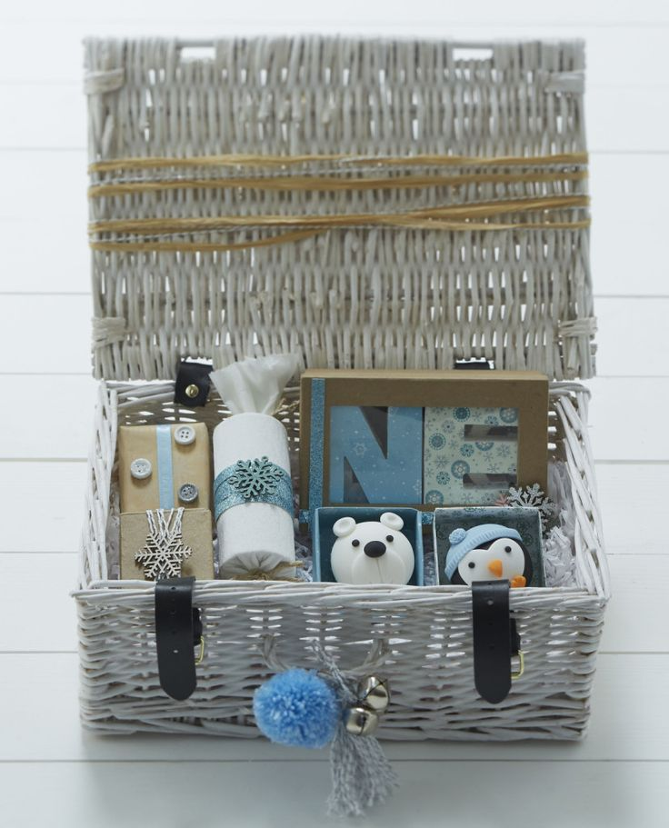 15 Crafty Christmas Hamper Ideas #christmas #hamper #craft