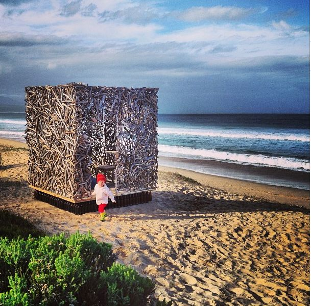 INSTAGRAM 18 Aug. Vanessa van Vreden Photography. Beach Mansion. Site_Specific #LandArtBiennale in #Plett. #LandArt