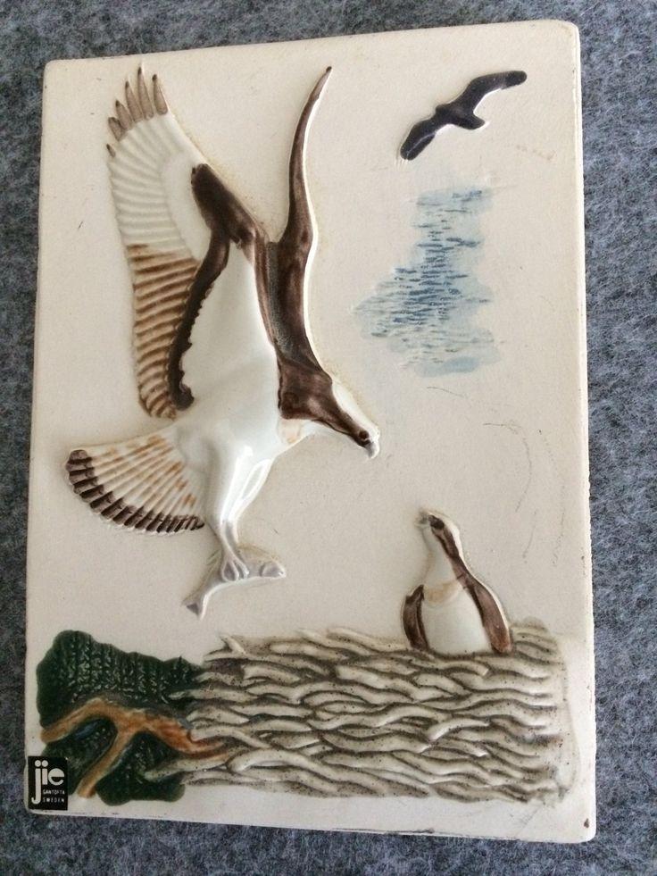 Liten keramiktavla Fiskgjuse; design Staffan Johnson, Jie på Tradera.com