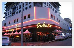 A great large bar where you can enjoy a little bit of the Cuban style. There's great Cuban music and ofcourse you can go for a dance here too. Salsa en Jazz is played here verry often. Besides that you can eat the greatest dishes. The people are nice and the vibe is just amazing. Taste the Cuban nightlife!  Adres: 9 Somerset Road, De Waterkant