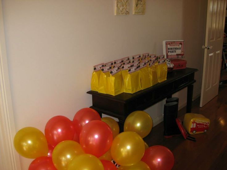 Lolly Bags and take home balloons
