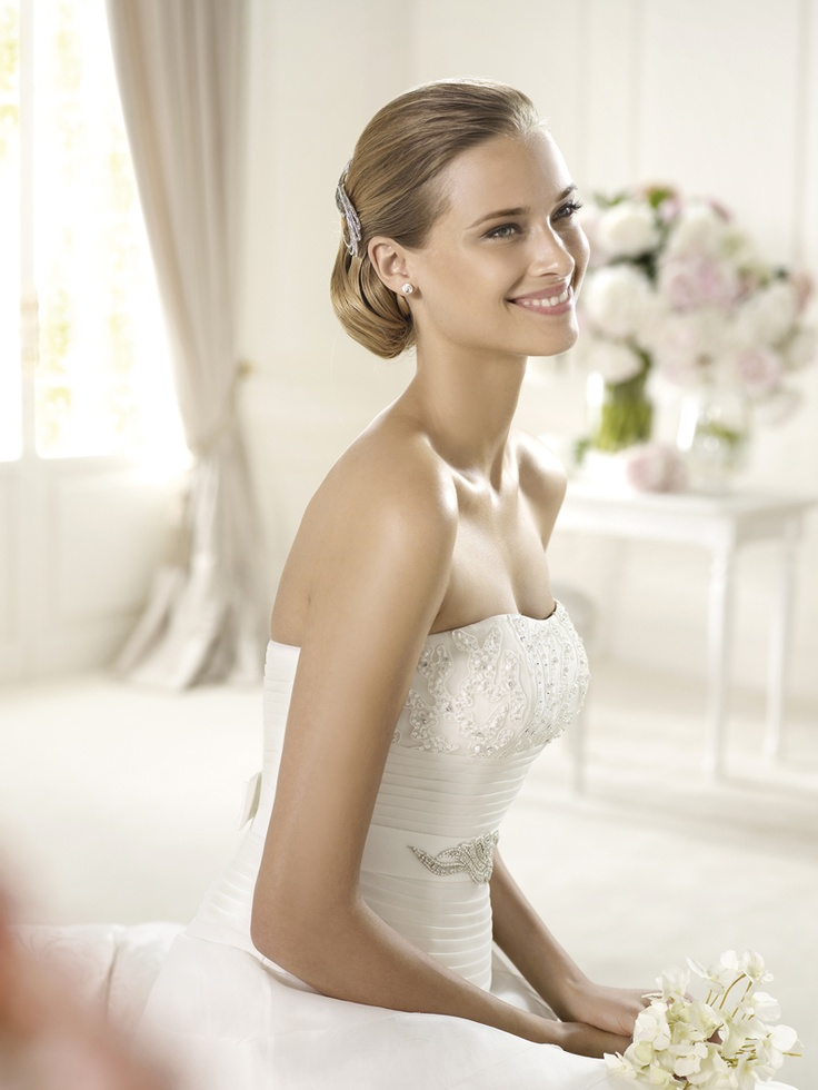 Wedding dress Ustariz