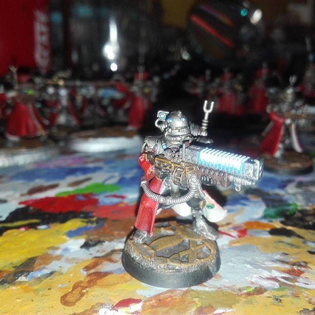 Arc rifle. Wip.  #warhammer30k #warhammer40k #warhammer #wh #wh40k #skitarii #basing #terrain #tabletop #tabletopgames #wargames #miniature #paintingwarhammer #mechanicum #mechanicus #miniatures #gamesworkshop #painting #miniwargaming 40k
