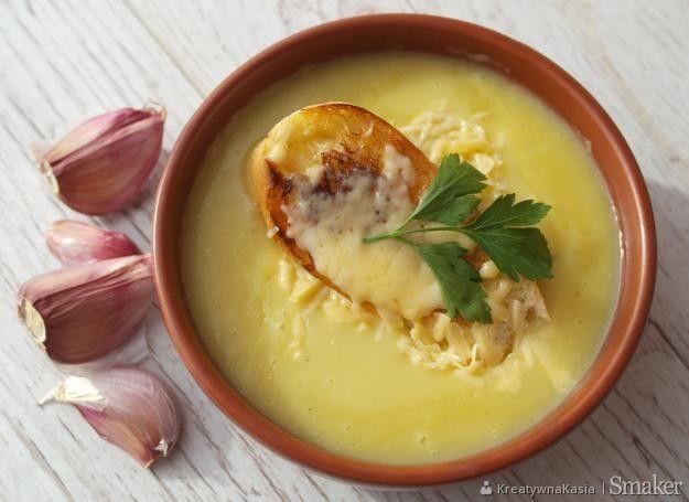 Zupa Czosnkowa z grzankami w 30 minut.
