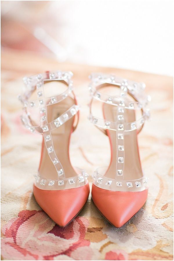 Coral Valentino shoes  | Image by One and Only Paris, read more  http://www.frenchweddingstyle.com/wedding-in-aix-en-provence/