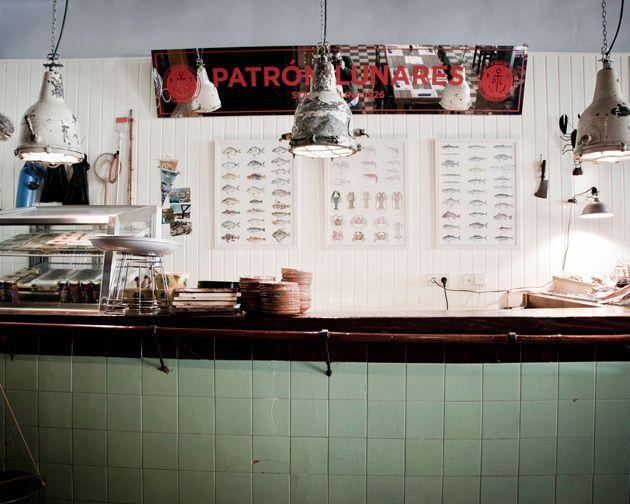 Patrón Lunares.Restaurante