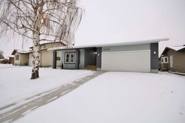 SMART HOME 1624 SQUARE FOOT BUNGALOW IN EDMONTON Go To: www.18632-62AAvenue.info  for more information