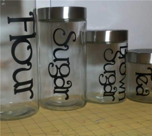 Vinyl Canister Labels Made With A Cricut Cricut Diy
