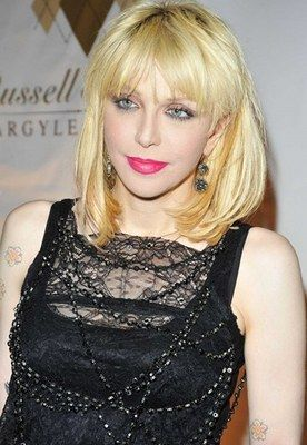 Courtney Love - Trash Ikone  - Trash-Stars - Kurt Cubain-Witwe Courtney Love will weg von ihrem Status als Trash-Ikone © Sipa Courtney Love: Trash-Ikone wider Willlen? Grunge-Ikone, Ex-Junkie, Witwe des unvergesslichen Kurt Cobain...