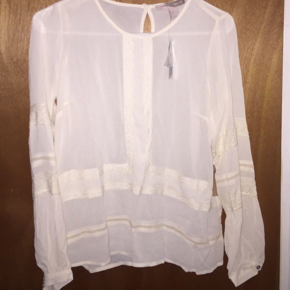 Cream Women's Top Cream colored, size Small women, never worn, with original tags, Forever 21 Tops