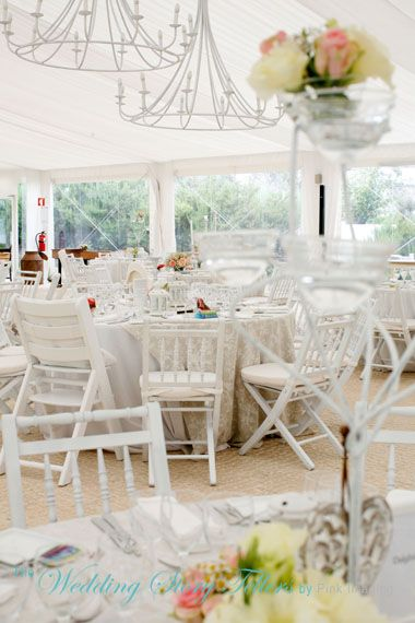 Large marquee avaliable for weddings in Quinta os Agostos