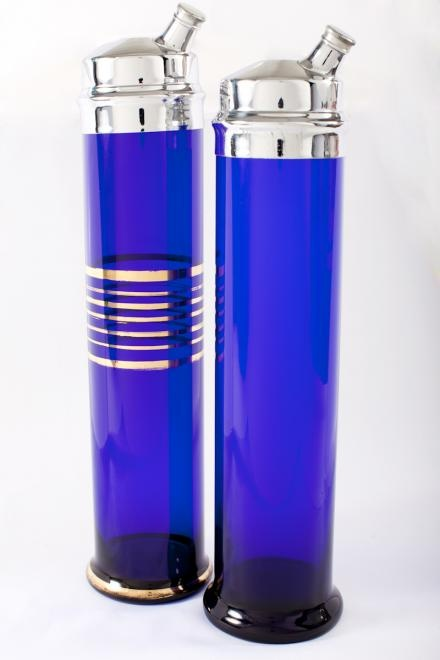1920s Skyscraper Cocktail Shakers Repinned by www.silver-and-grey.com