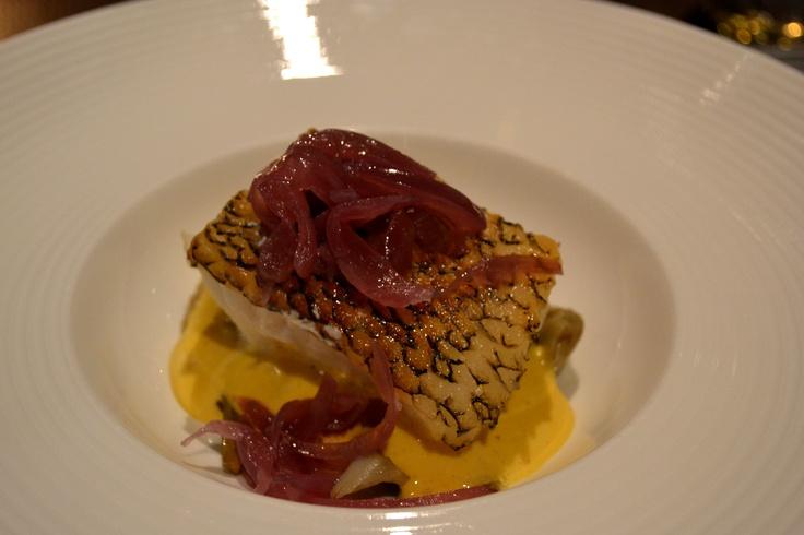 Merluzzo nero con carciofi, cipolla rossa e zabaione al marsala