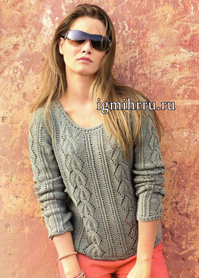 Пуловер цвета хаки с ажурными узорами. Вязание спицами