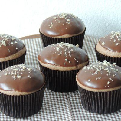 Perníkové muffinky plnené džemom | Angie bakes