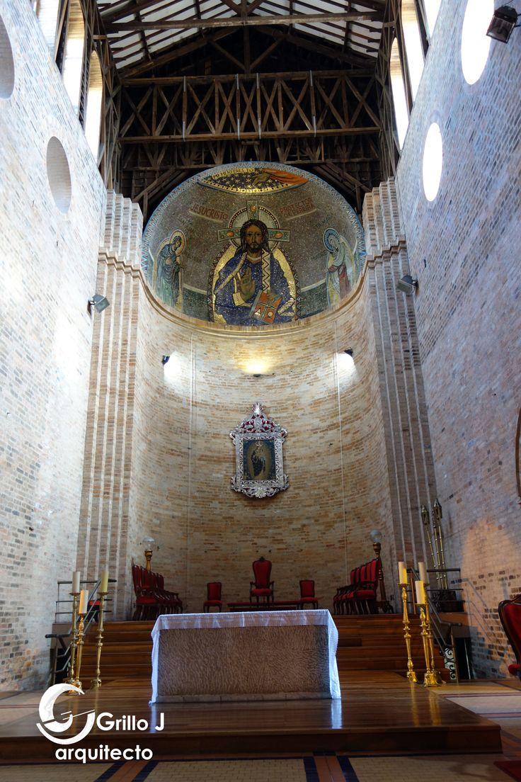 Catedral de Nuestra Señora de la Pobreza. Altar