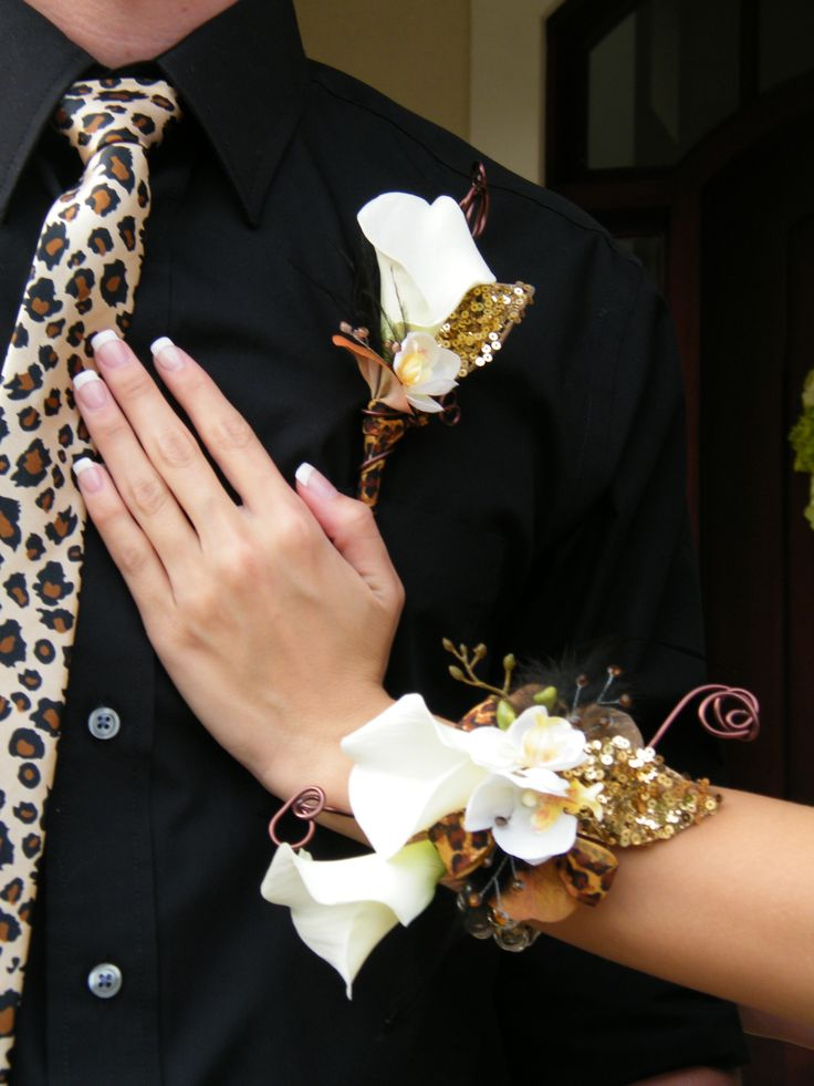 Matching #leopardprint and gold corsage and boutonniere! # ...