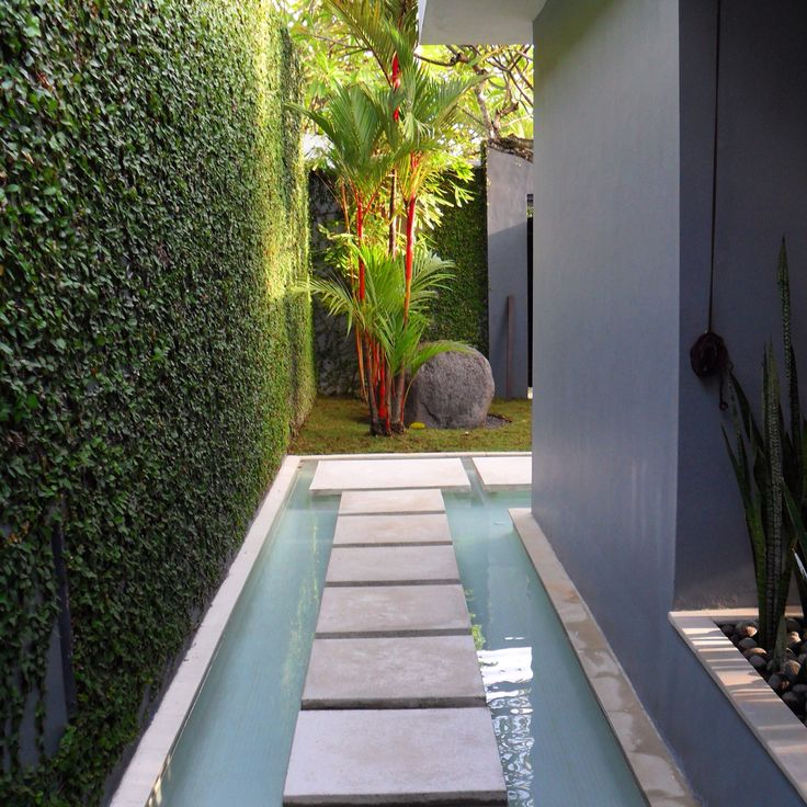 Proof that the side of your house can also be a feature area.